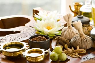 Có nên sử dụng túi thảo dược cho dịch vụ massage?